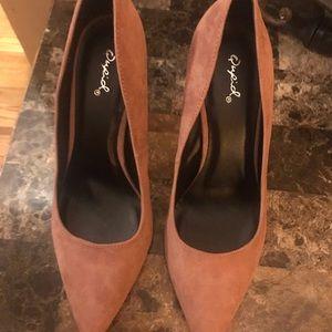 Quipid chunky heels